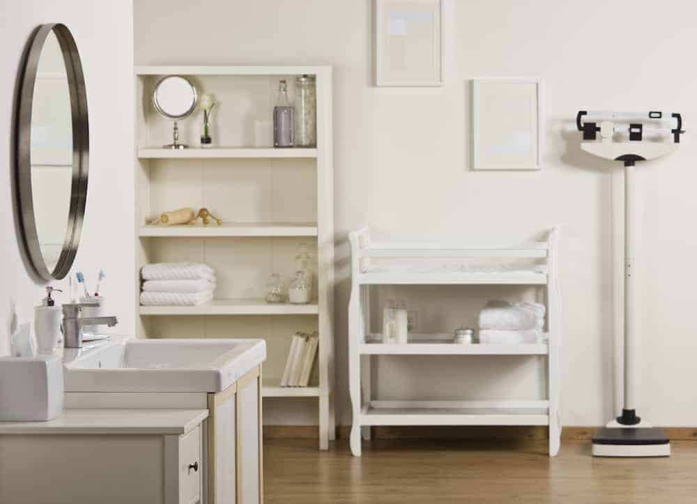Apartment Living How to Love the Apartment You're In - Get Rid of Clutter