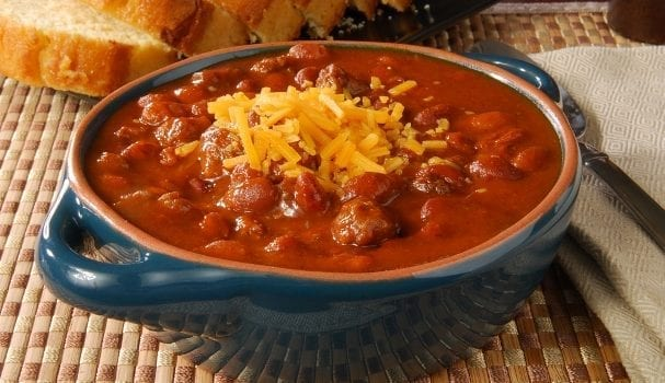 With A Crisp Fall Chill Now In The Air It S Perfect Time For Bowl Of Hot Chili To Warm You Up Second Warming Capabilities Only Campfires And