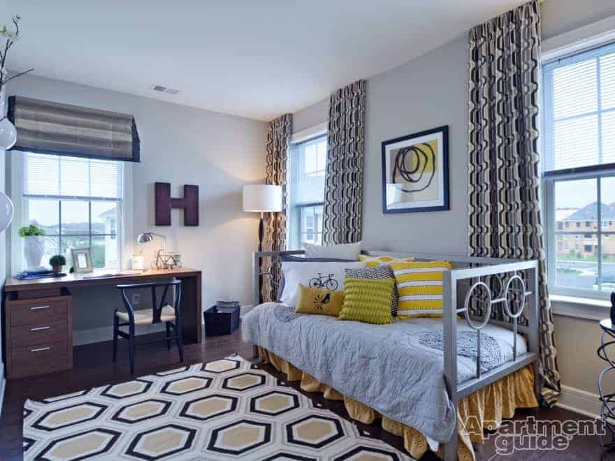 college apartment bedrooms. Pond View at Weatherby Apartments in Swedesboro  NJ College Apartment Decorating Ideas ApartmentGuide com
