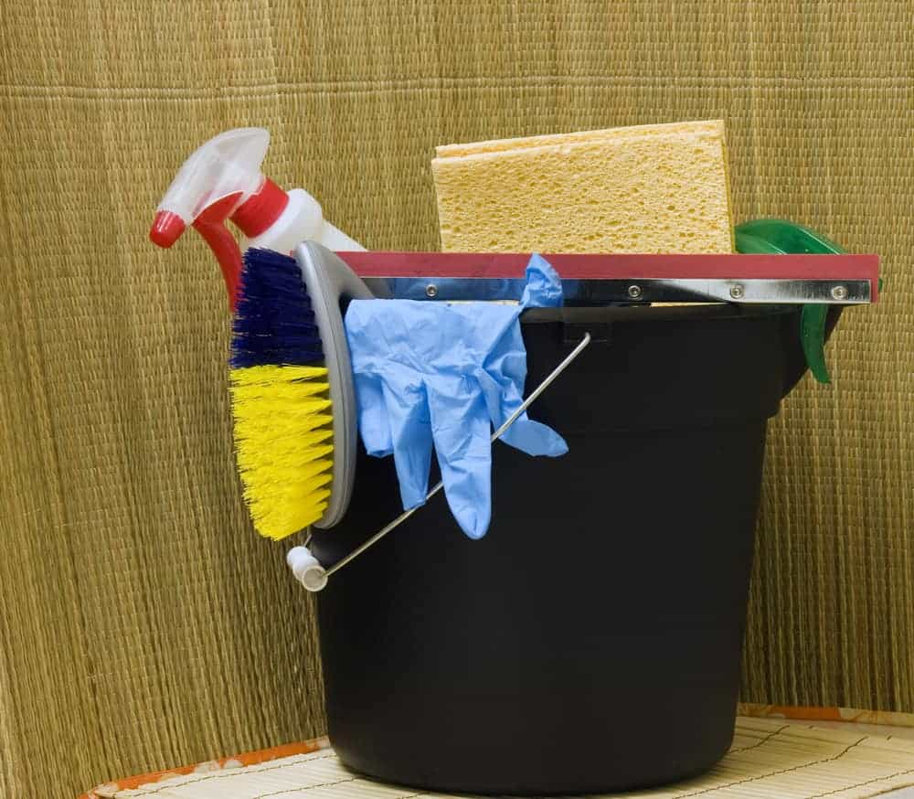 Apt Guide: Get A Head Start On Spring Cleaning