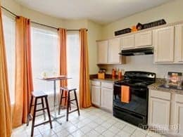 TN-Hermitage-Cherry Creek-kitchen1-thumbnail