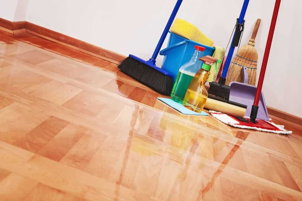 How to Clean Your Apartment Efficiently and Quickly ...