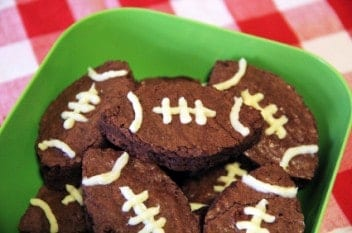 Keep any non-football inclined guests entertained at a Super Bowl party by offering creative eats.