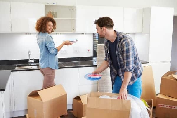 5 Major Signs You're Not Ready to Move In Together
