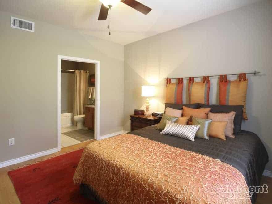 orange decor mira vista ranch apartments in dallas tx - Orange Decor