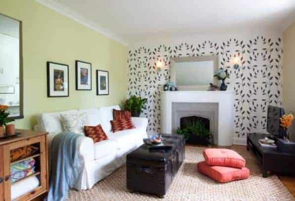 A little color can go a long way in a small apartment space. Image: Benjamin Moore