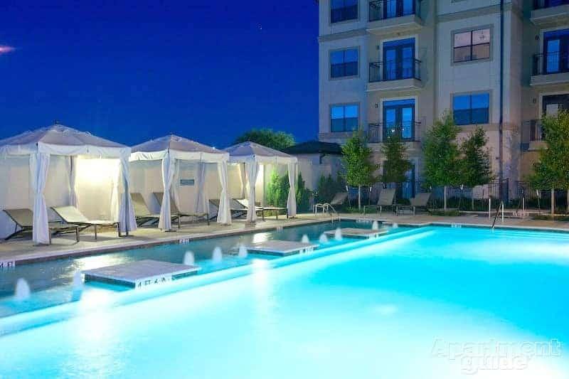 15777 Quorum Apartments in Addison, TX