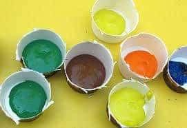 Each paint color should get its own cup. Image: Flickr / mike krzeszak