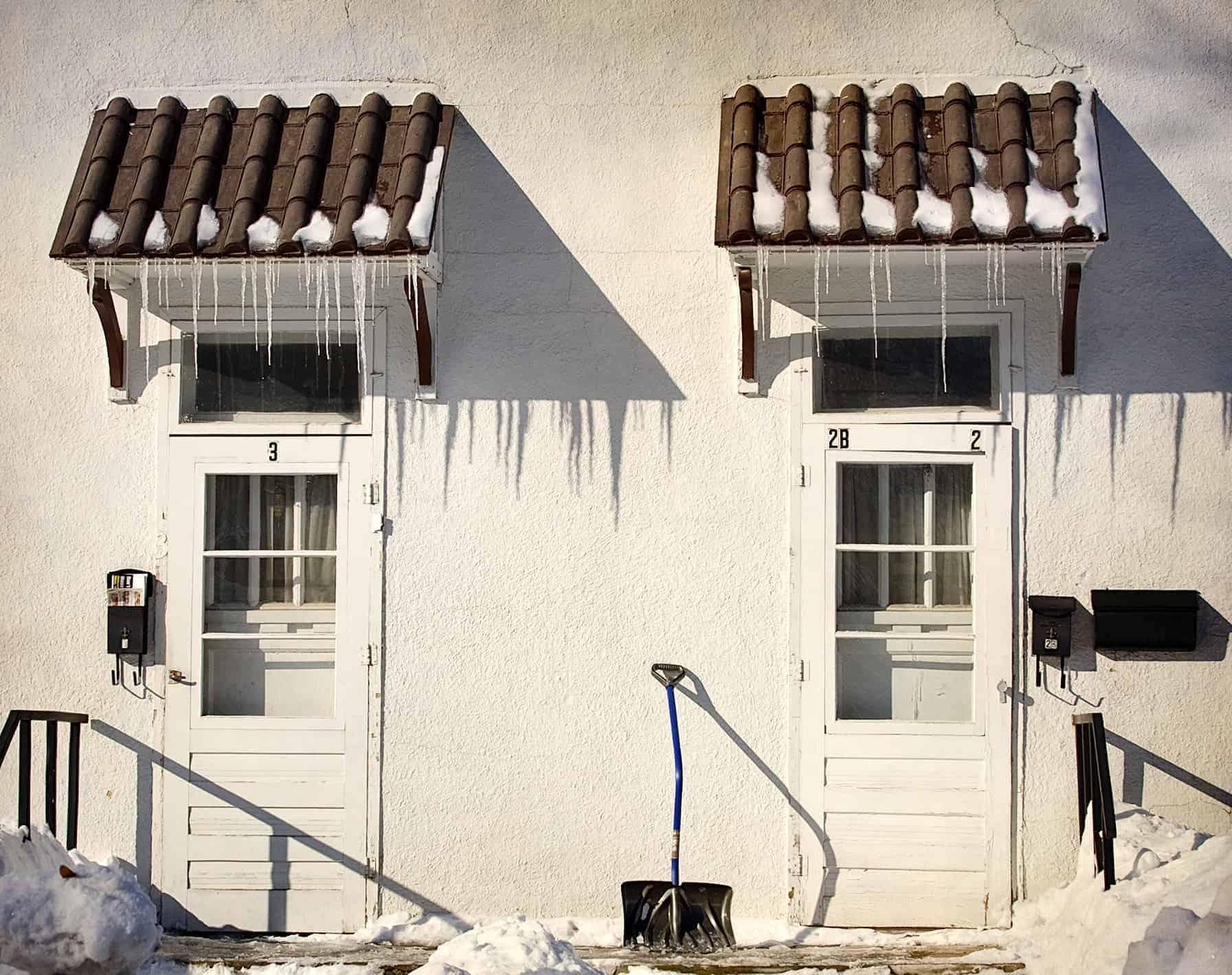7 Reasons to Make Nice with Your Neighbors