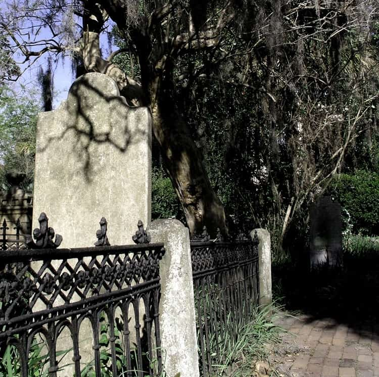 Apartmentguide Com Nj: Most Haunted Places In Charleston, SC