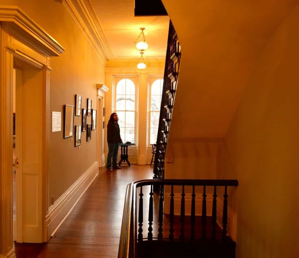 Most Haunted Places in Chicago | ApartmentGuide.com