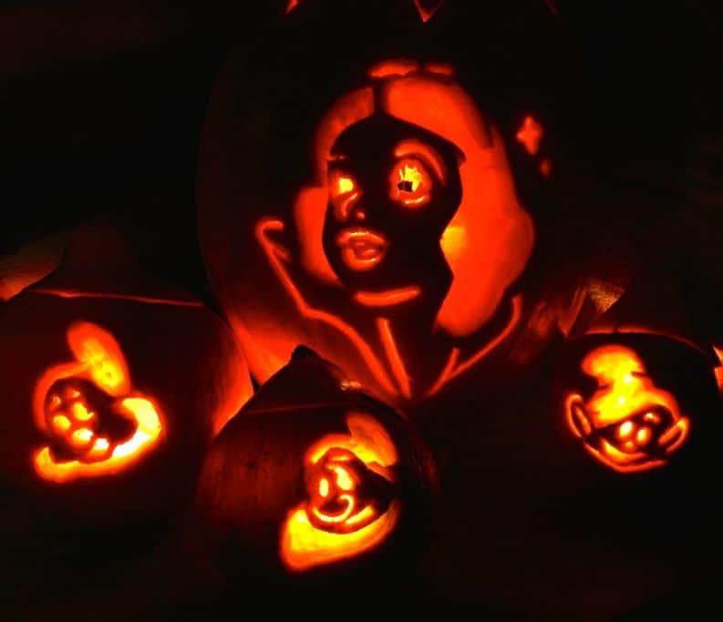 Evil jack o lantern eyes