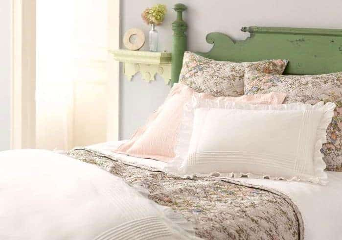 Furnishings You Should and Shouldn't Buy Secondhand - Bedding