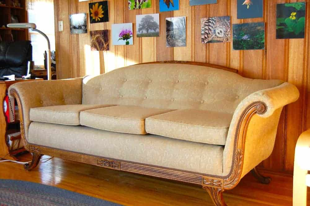 Furnishings You Should and Shouldn't Buy Secondhand - Furniture