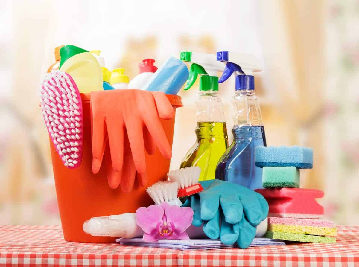 How to Clean Your Cleaning Tools | ApartmentGuide.com
