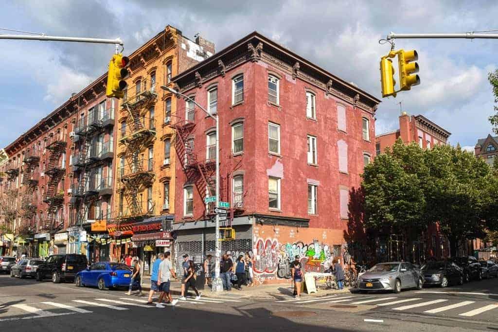 How to Budget for Your First Apartment | ApartmentGuide.com