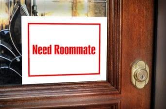 Need Roommate Sign