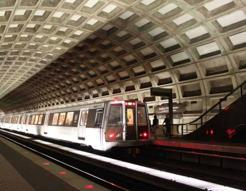 MetroRail avoids D.C. traffic