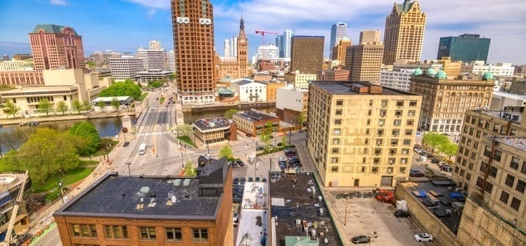 milwaukee cheap apartments best schools