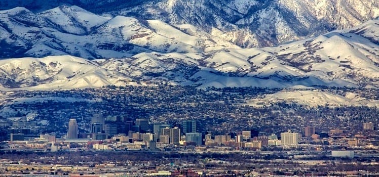 salt lake city skyline with mountains