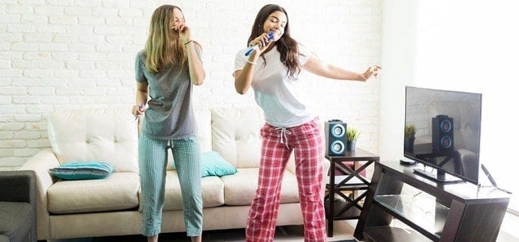 roommates dancing