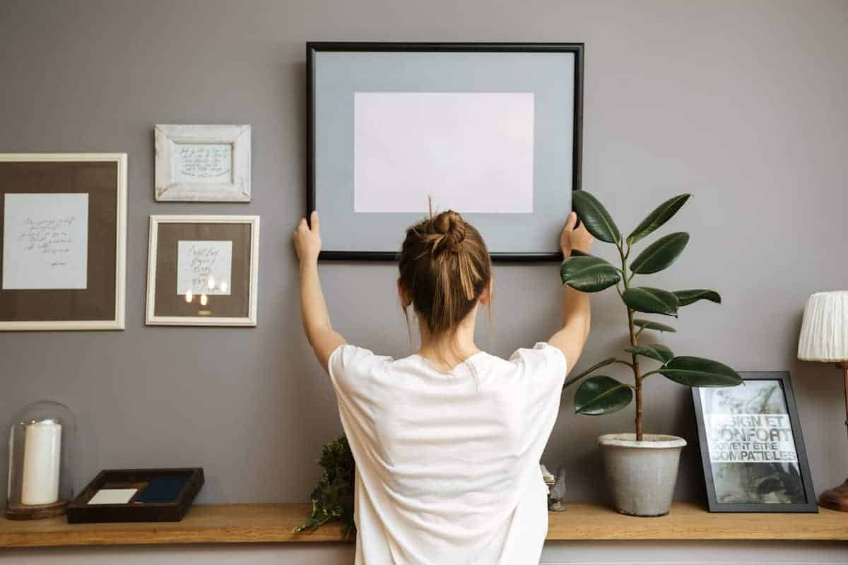 How To Decorate Your Apartment For Under 100 Apartmentguide