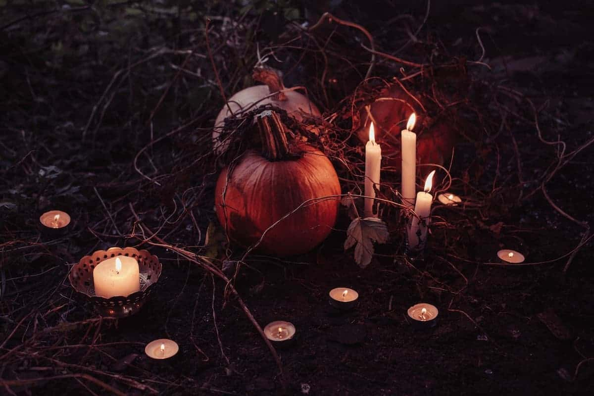 halloween decorations with candles