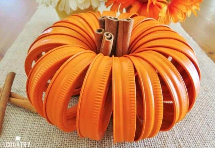 12 DIY Eco-Friendly Halloween Decor for Your Apartment | ApartmentGuide.com