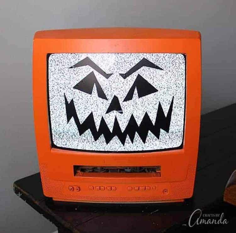 TV jack-o-lantern