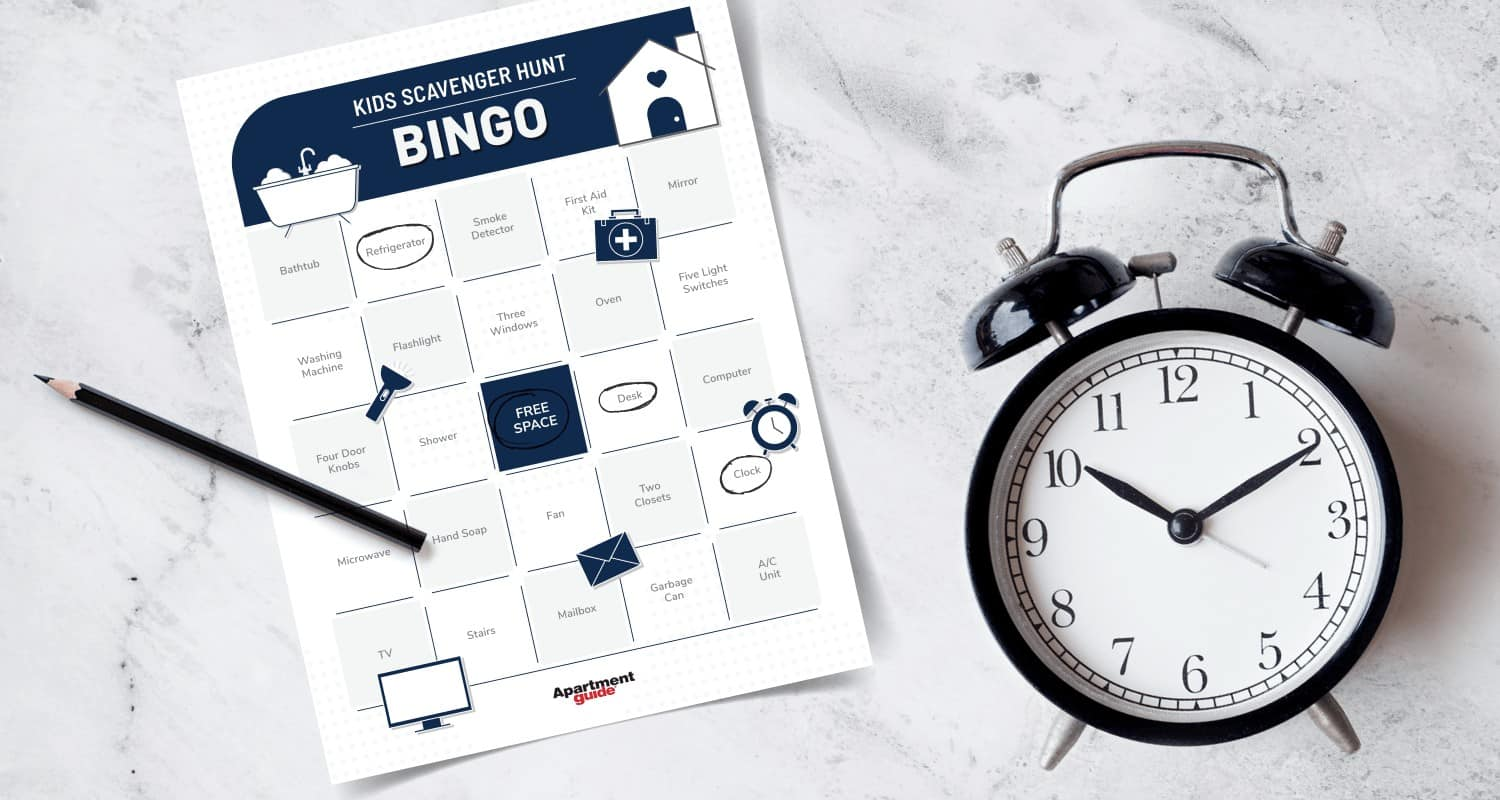 photo that shows kids scavenger hunt bingo