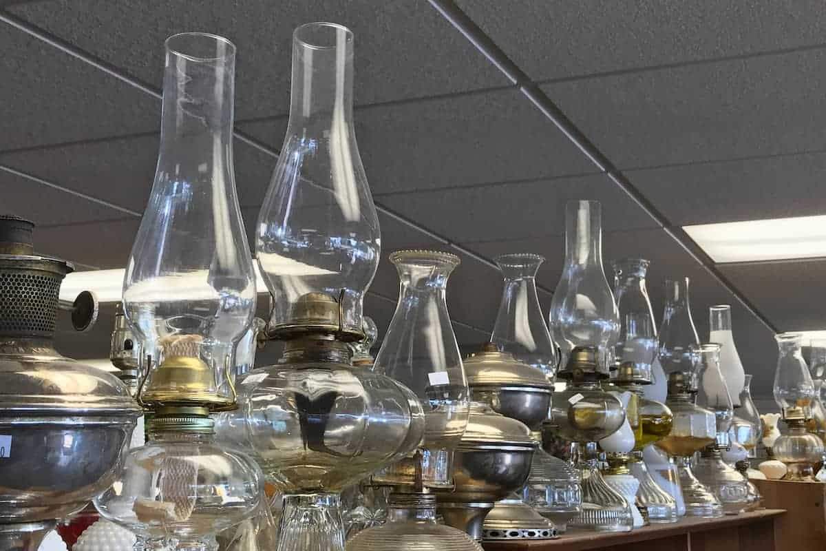 lamps at thrift store