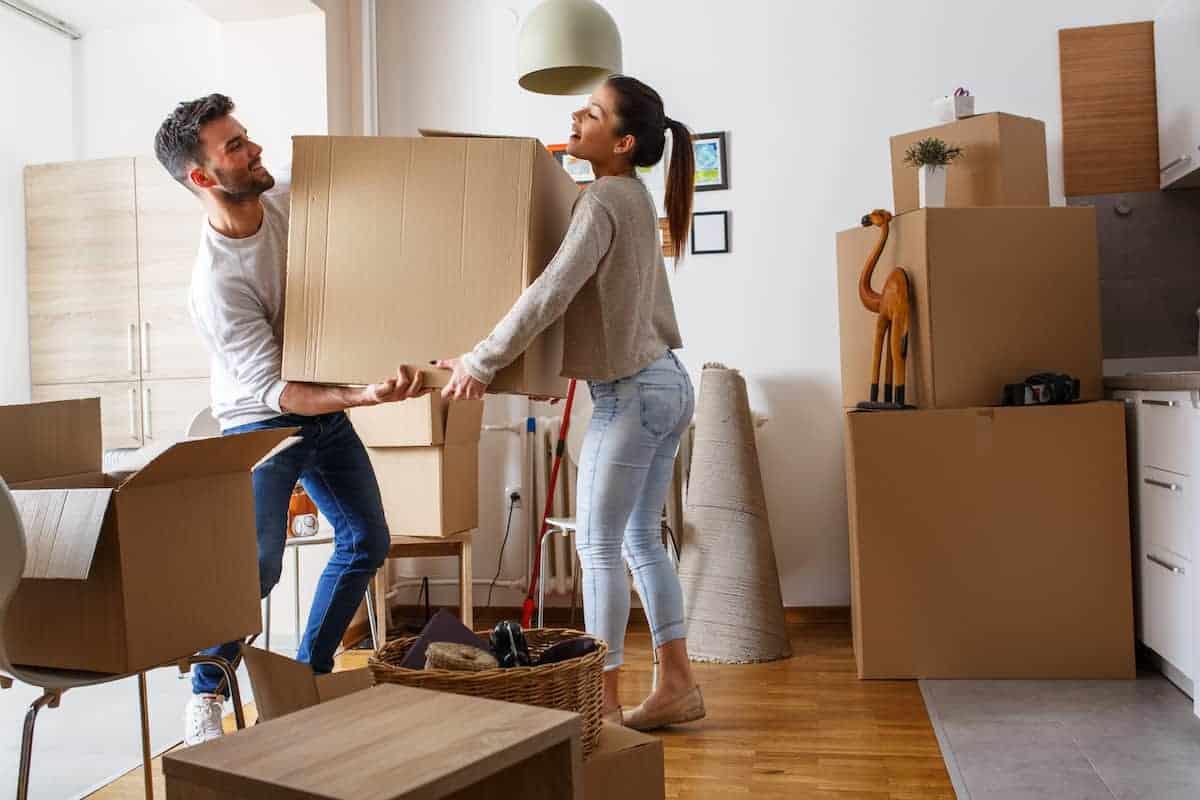 The Ultimate First Apartment Checklist | ApartmentGuide.com