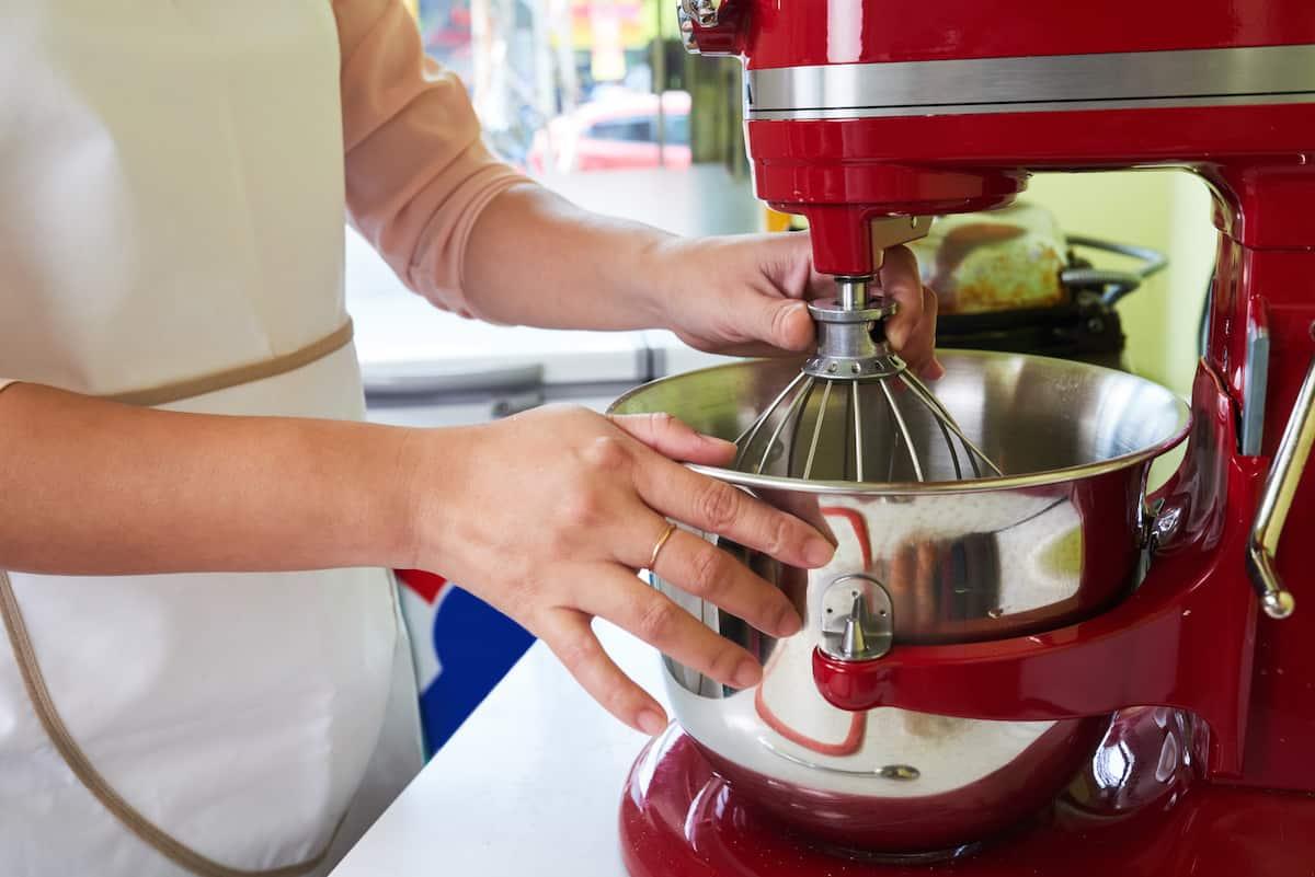 mixing bowl blender