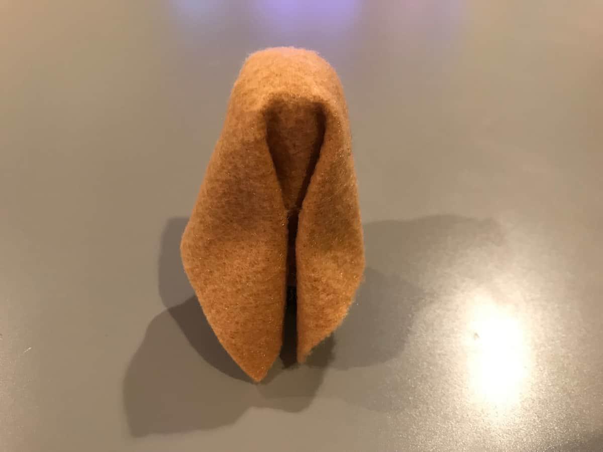 pinch headdress