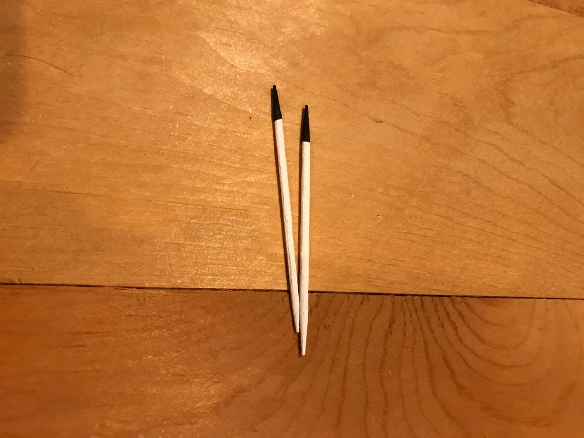 Paint the tips of the toothpicks.