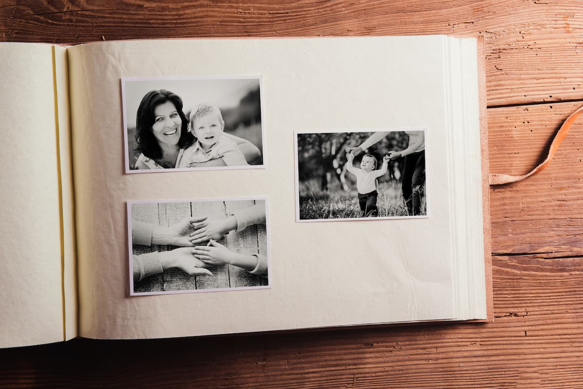 photo album social distancing
