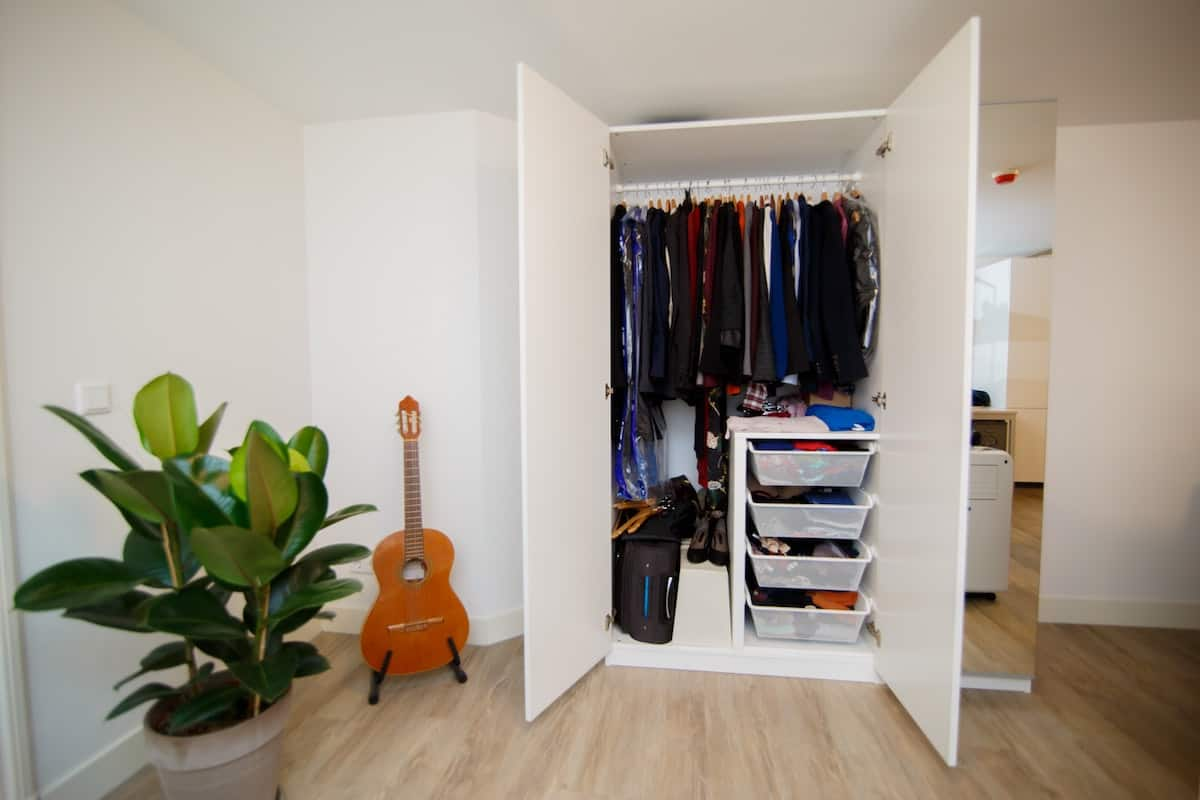 closet organization accessories