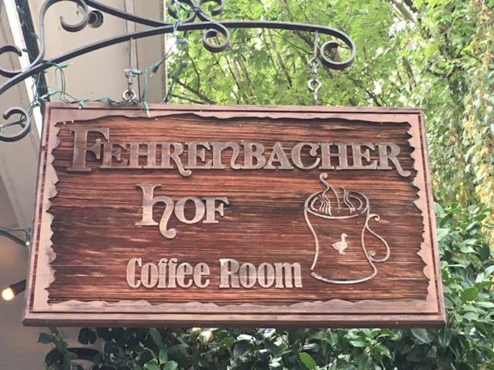 Fehrenbacher Hof Coffee Room, Portland, OR