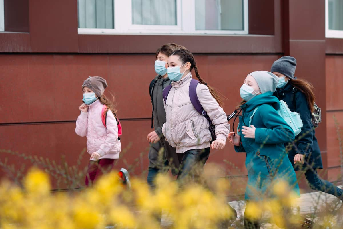 kids going to school during pandemic