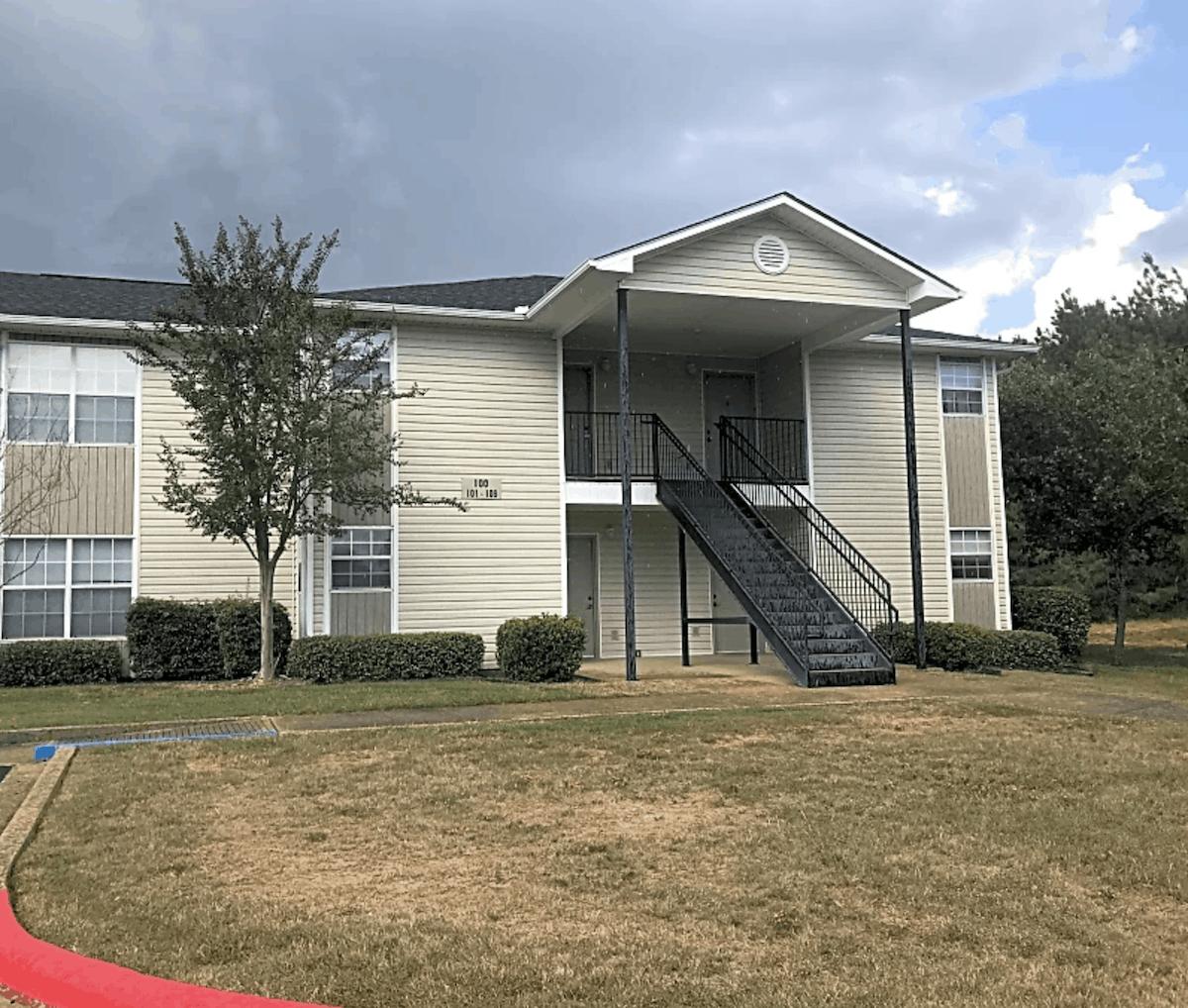 pineville la apartment