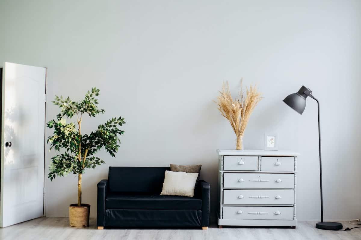 Monochromatic apartment space.