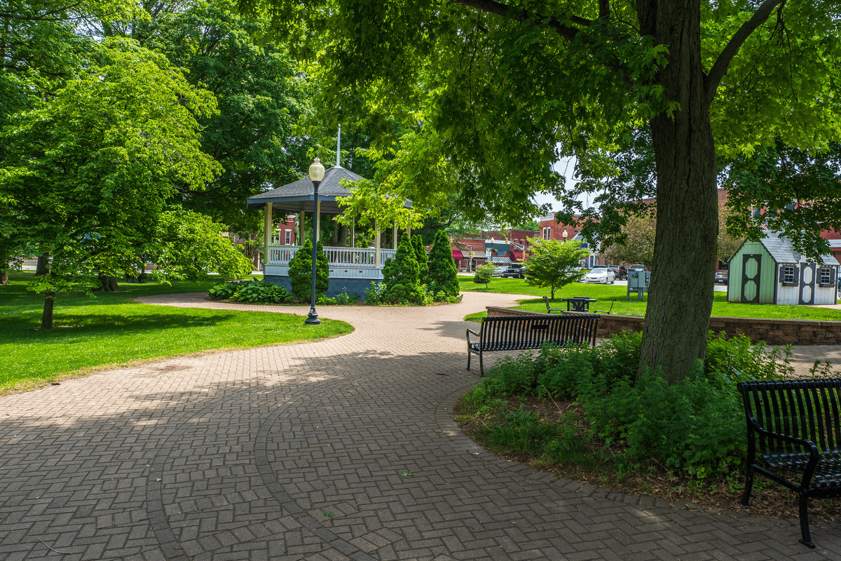 Chesterton, IN, one of the cities near chicago where you should live